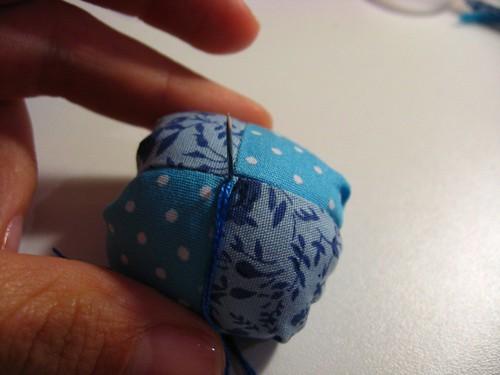 Mini almofada de alfinetes: Finalizando