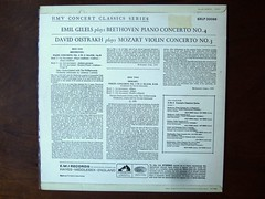 Backside Beethoven - Piano Concerto No.4 - Emil Gilels, Mozart - Violin Concerto No.3 KV216 - David Oistrakh, EMI SXLP 30086 (Piano Piano!) Tags: art classic rock vintage disco concert 60s keyboard inch long play 33 album vinyl piano hans jazz recital concerto collection cover 80s soul lp record 70s classical 50s 12 pianist disc konzert 13 platte sleeve emi recording hoes gramophone 12inch thijs 3313 disque hansthijs klavier klassiek plaat 10inch 33t opname grammofoon langspeelplaat langspielplatte 121010 aufname gramofoon beethovenpianoconcertono4emilgilels mozartviolinconcertono3kv216davidoistrakh sxlp30086