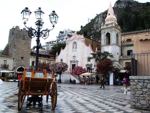 Taormina-Sicilia-Italy - Creative Commons by gnuckx