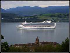 The Crown Princess (Gordy Glen) Tags: scotland boat interesting ship large massive huge oceanliner crownprincess theclyde digitalcameraclub supershot