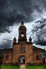 Templo Jesuita@Cerocahui (Stromboly) Tags: sky chihuahua architecture arquitectura religion iglesia sierra campana hdr vitral tarahumara rezar cerocahui teplo