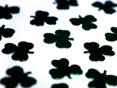Depth of Shamrock (jciv) Tags: desktop wallpaper dof noflash confetti clover shamrocks shamrock file:name=dsc05953
