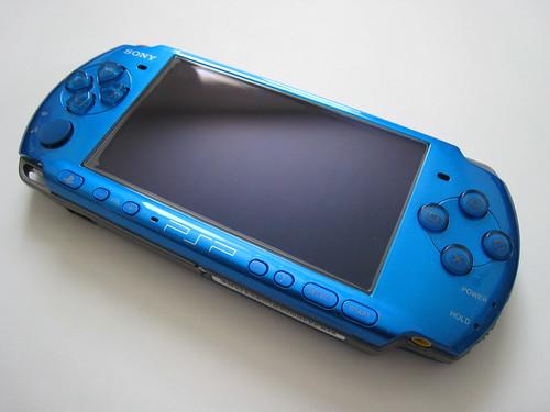 Vibrant Blue PSP-3000 - Front Angled
