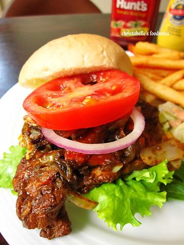 我的朋友長谷川先生的家印度坦都里烤雞仔細看漢堡