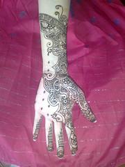 freehand henna (Accessoreyes) Tags: pakistan india art stain beautiful tattoo hands hand arms arm body finger gorgeous fingers makeup craft arabic pro bollywood arabian henna mehendi bodyart