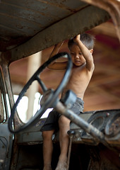The best way to jump into a truck ! Laos (Eric Lafforgue) Tags: game wheel truck kid asia camion asie laos lao jeu  volant 9787 lafforgue   laosa    laosz   laosas