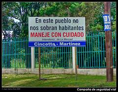 Nueva campaa de seguridad vial (Juan C Ruiz) Tags: chile de carteles nueva seguridad vial trafico campaa