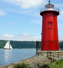 Little Red Lighthouse and Sailing Ship (Trish Mayo) Tags: lighthouse newyork sailing manhattan sails hudsonriver gothamist clearwater washingtonheights littleredlighthouse henryhudson 400thanniversary dutchheritage thebestofday gnneniyisi
