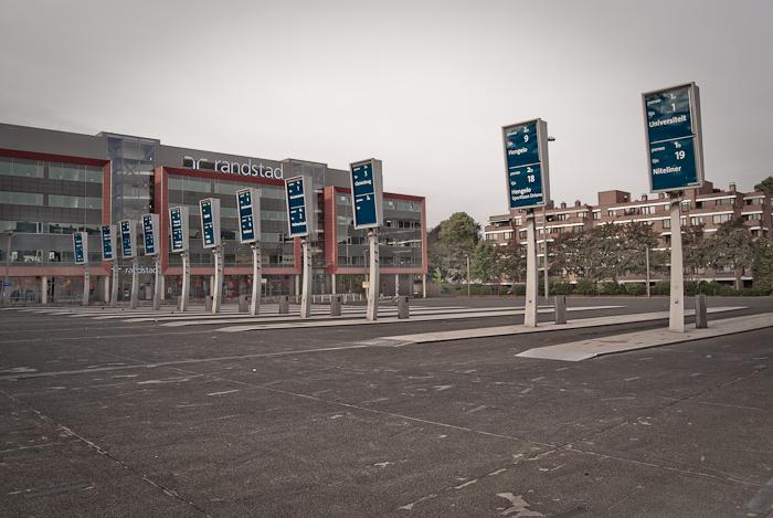 Busstation schiphol Enschede