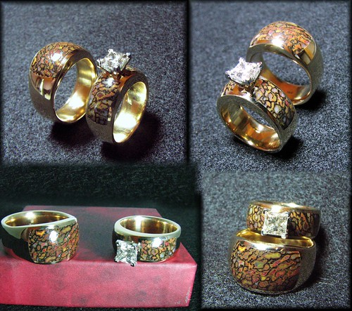 14k Dinosaur Gembone Wedding Set