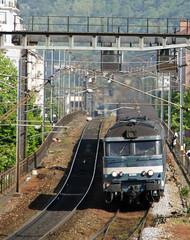 SNCF 67385 - Grenoble (Neil Pulling) Tags: france grenoble sncf ter bb67300 alsthom frenchrailways 67385 sncfter sncf67385 567385