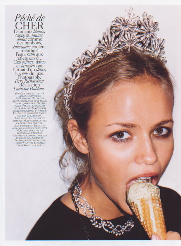 natasha_poly-ph.terry_richardson-vogueFR-dec2004-jan2005-peche_de_cher-1