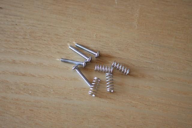 Screws and springs of TEISCO SP-62 pickups