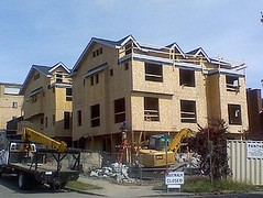 housing construction in Seattle (by: Brian Daniel Eisenberg, creative commons license)