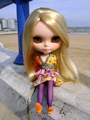 Isabel en la playa