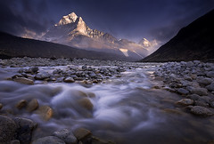 The Gift by Michael Anderson (AndersonImages) Tags: travel nepal sunset snow reflection clouds trekking trek river michael photo peak anderson ama himalaya khumbu everest alpenglow dablam outstandingshots alemdagqualityonlyclub vosplusbellesphotos