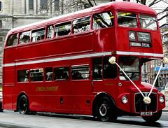 "Bus londonnien ""Just Married"" (Candice BostYn PhotographY) Tags: uk bus london rouge unitedkingdom londres angleterre justmarried maris royaumeuni lightiq"