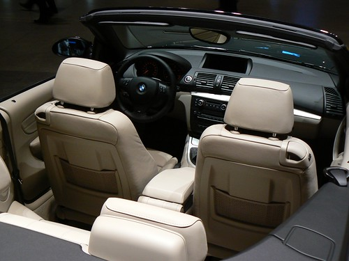 20090221 BMW Welt: 118d interior by halfbyteproductions