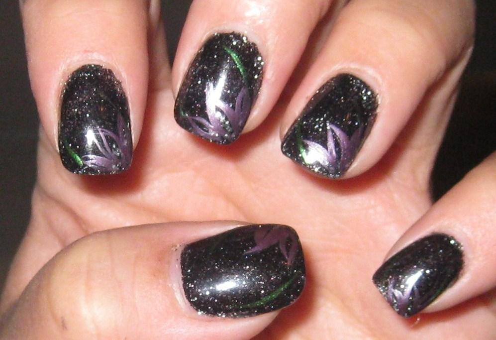 Black nail arts, black nail design, black nail, nail design for black girls, nail design for mysterious women, mysterious women nail arts