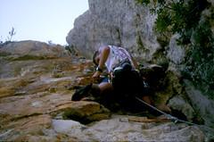Escalade à Punta Calcina (Conca) : Laurent dans le beau dièdre de ce site