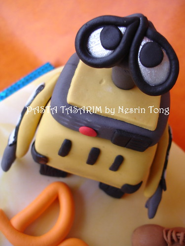 DSC08300- e wall-e - WALL-E CAKE