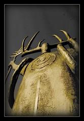 (suenosdeuomi) Tags: statue gallery framed nativeamerican mystical vignette shaman antler matted frankhowell billworrell picnikfilesasjw0 cornernearplaza mysticalspiral