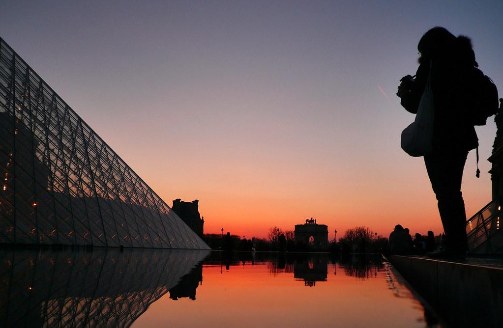 Pyramide du Louvre (243)