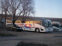 Coach Canada - MCI J4500 (genereu) Tags: bus montréal autobus motorcoach autocar coachcanada mcij4500