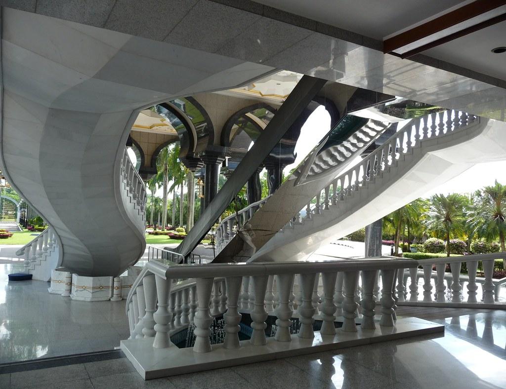Brunei (226)