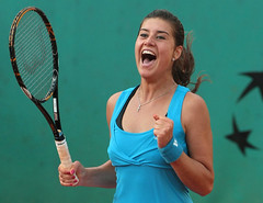 Romania's Sorana CRISTEA @ Quarter-finals ROLAND GARROS (londonconstant) Tags: woman playing france sports sport female tennis romania rolandgarros playingfields targoviste quarterfinal sorana cristea nineteenyearsold psort blouseroumainetheunsungvoicesofromanianwomen