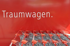 Traumwagen/ dream cars (Heidelknips) Tags: red trolley einkaufswagen lschmich1 lschmich2 lschmich3 lschmich4 lschmich5 lschmich6 lschmich7 lschmich8 behaltmich lschmich10 lschmich9
