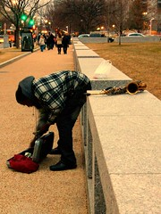 100_1227 (sinksanctity) Tags: portrait urban musician color washingtondc smithsonian dc nw northwest candid wdc dcist streetperformer plaid