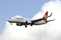 Turkish Airlines B737 TC-JGE (2)