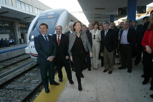 La ministra de Fomento, en la estación de Jaén. ESTHER MUÑOZ