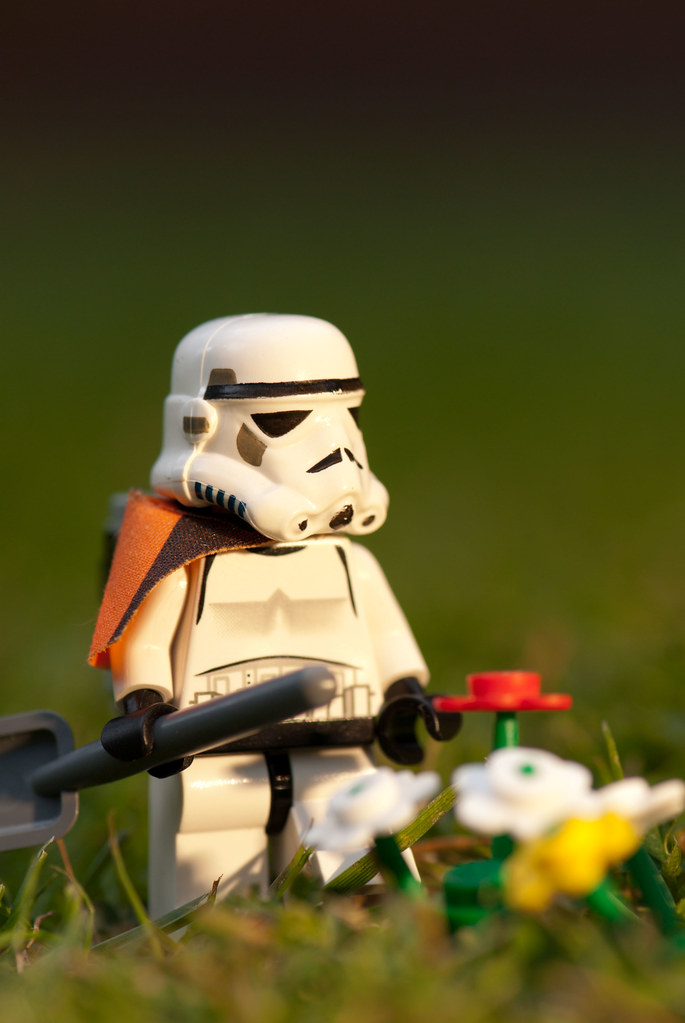 Imperial Gardening Commander | The Powerful, Coolest Lego Man [PIC]