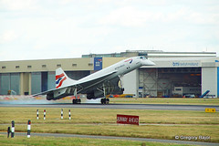 Aerospatiale-BAC Concorde 102 (Greg Bajor) Tags: uk england london plane airplane heathrow aviation down aeroplane landing concorde 102 britishairways runway touching gboac 27r aerospatialebac gregbajor