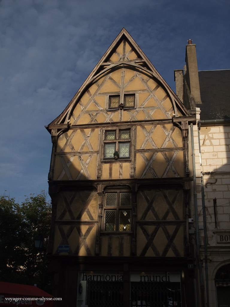 Superbe ancienne maison à colombages