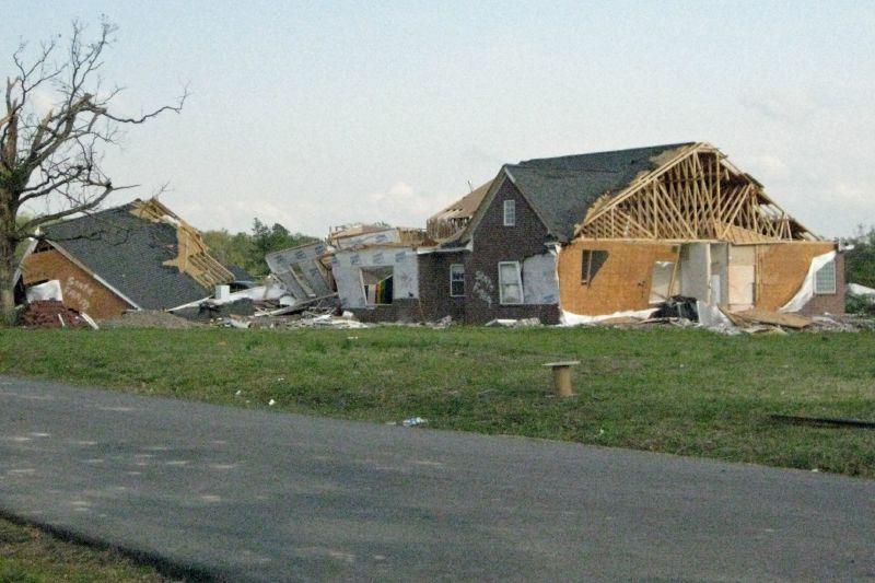 Mena Tornado 2009 50