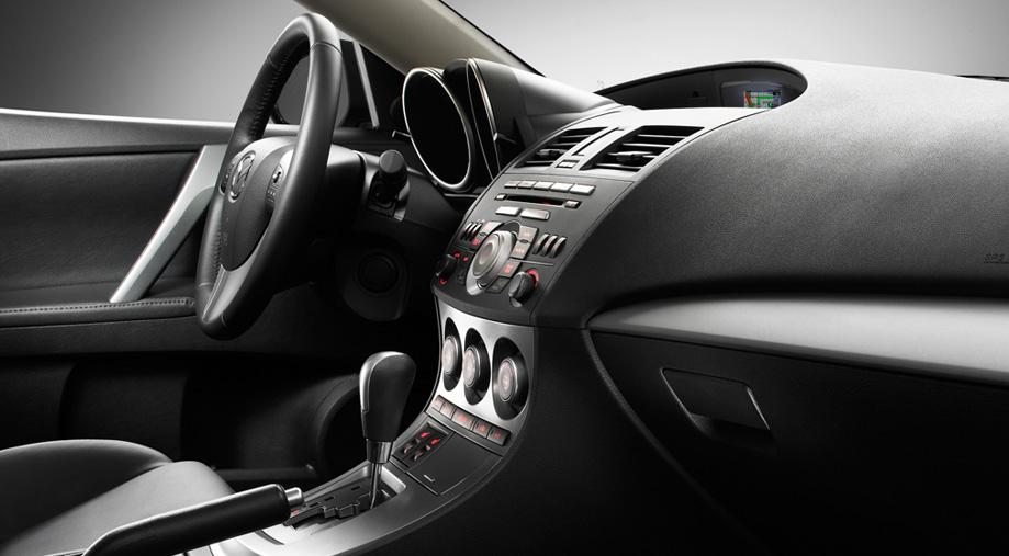 Mazda 3 Interior photos