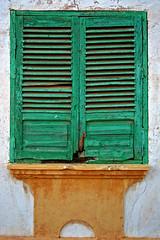 LA VIEJA VENTANA 01 (ngel mateo) Tags: espaa naturaleza verde blanco ventana andaluca spain playa gata marco viejo almera cabodegata abandono cuadro rodalquilar albiac ngelmartnmateo reservadelabiosferaporlaunesco ngelmateo