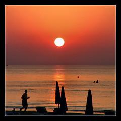 5:10 AM / Hajnali 5 óra 10 perc (FuNS0f7) Tags: cyprus reflexions sunup larnaka sonycybershotdscf828