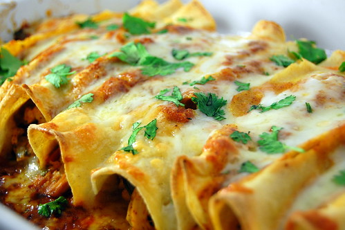Pink Parsley: Chicken Enchiladas