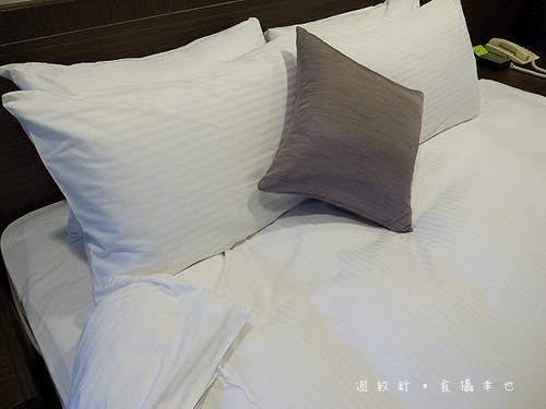 成旅晶贊飯店羽絨枕羽絨被