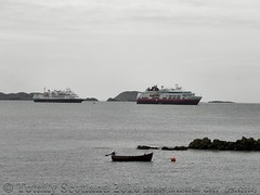 Cruise ships  at Iona