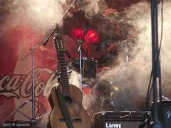Wild Guitar (Gonzak) Tags: music banda uruguay guitar guitarra band recital olympus totem toque musica fans montevideo msica 2009 buscaglia ttm uru gettyimages uz kibon e500 guz otw martnbuscaglia gonzak useta