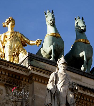 Arc de triomphe du carousel_02