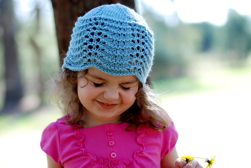 v blue hat 003
