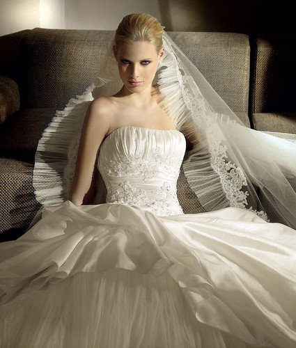 wedding dresses suitable for executives