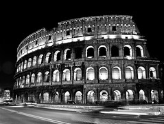 "Colosseo • <a style=""font-size:0.8em;"" href=""http://www.flickr.com/photos/37214282@N00/3409198944/"" target=""_blank"">View on Flickr</a>"