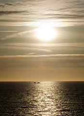 scheveningen_sunset_ship (digital_slice) Tags: sunset canon 350d boat scheveningen tamron zons schip 70300 ondergang